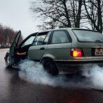 6 звуков в автомобиле, которые могут привести к аварии